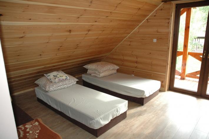 Jedna z czterech sypialni
