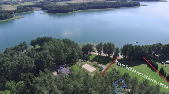 Prywatne dojście do jeziora 4000m2. Droga z obiektu do jeziora przez las.